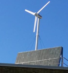 Mikrovindkraft och solceller.