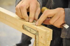 Bild: Folkes bygg. På Folkes bygg renoveras och nytillverkas fönster på kvalitativt sätt i bra material.