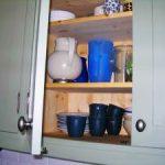 Kök-massivträkök-luckor-skåp